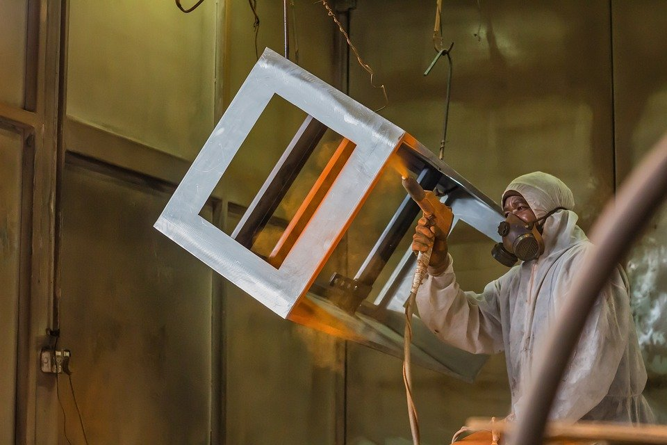 Benefits of Powder Coating for Metal Fabrication Projects