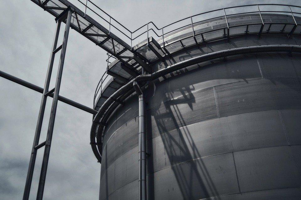 Custom Bulk Storage Tanks and Silos